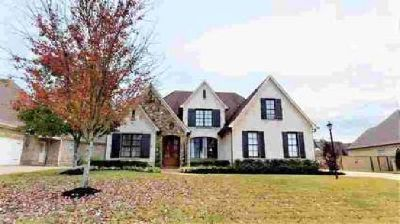 6625 Sundance Drive Olive Branch Four BR, This gorgeous home is