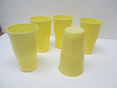 Set of 5 Matching Yellow Drinking Glasses $0.50 ALL