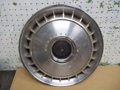 """Buy 1967 OLDS CUTLASS 14"""" HUBCAP HUB CAP WHEEL COVER #4003 OLDSMOBILE J motorcycle in Springfield, Oregon, United States, for US $19.99"""