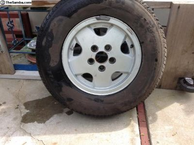 Carat rim and tire