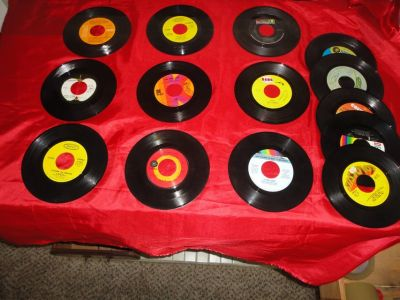 14 45 rpm records