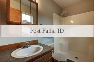 Welcoming 4 Bed 3 Bath Home in Post Falls
