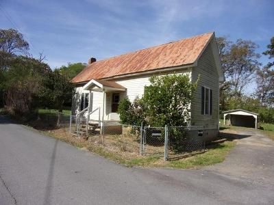 1 Bed 1 Bath Foreclosure Property in Ranger, GA 30734 - Horton St SE