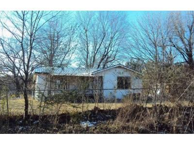 3 Bed 1.5 Bath Foreclosure Property in Lincoln, AR 72744 - Rock Springs Rd