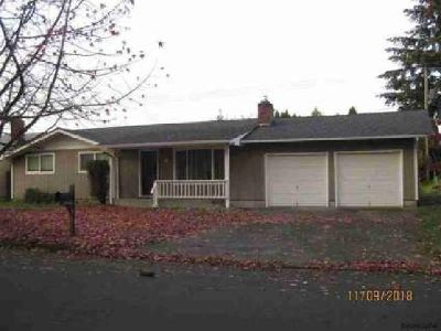 715 29th St SE Albany Three BR, Great Ranch style Home