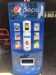 ** Pepsi Vending Machine with Seattle Mariners Autographs **