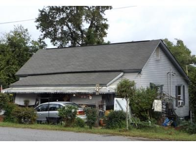 3 Bed 1 Bath Preforeclosure Property in Pickens, SC 29671 - Overbrook St
