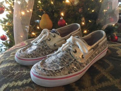 $10 Size 2 1/2 girls sequined sperry top sider