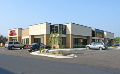 Office space for lease across from Central Park Commons 753-1,371 SF