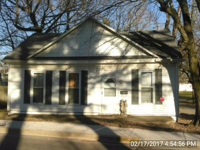 2 Bed 1 Bath Foreclosure Property in Knightstown, IN 46148 - N Mccullum St