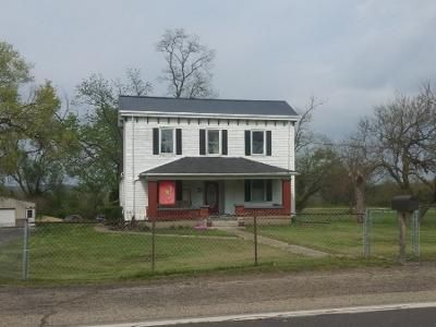 4 Bed 2 Bath Preforeclosure Property in Hamilton, OH 45013 - Millville Oxford Rd
