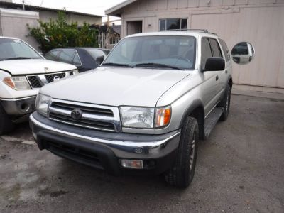 ***1998 Toyota ForeRunner SUV**Ready to Own!!