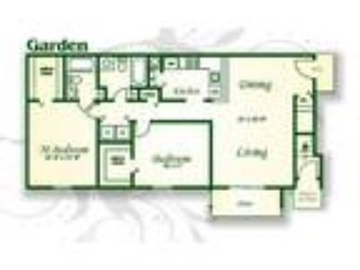 Crabtree Crossing Apartments and Townhomes - The Cypress Garden