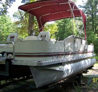 2001 KingFisher Pontoon Boat & Trailer