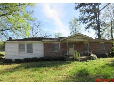 3 Bed 1 Bath Foreclosure Property in Knightdale, NC 27545 - Buffaloe Rd