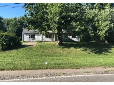 3 Bed Preforeclosure Property in Indianapolis, IN 46217 - Rock Island Ct