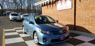 2013 Toyota Corolla L (Nautical Blue Metallic)