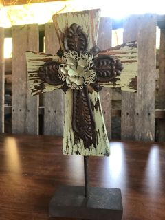 NWT stand up decorative cross