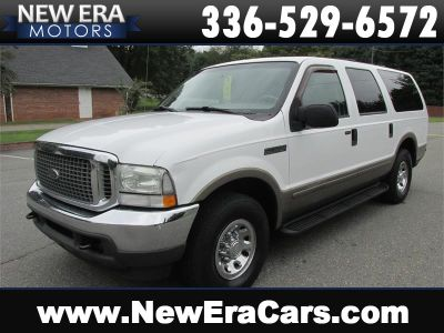 2004 Ford Excursion XLS (White)