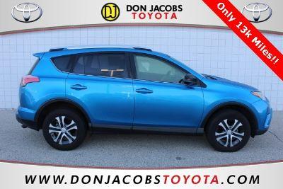 2016 Toyota RAV4 LE (Blue)