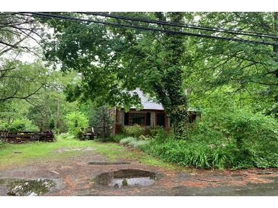 4 Bed 1.0 Bath Preforeclosure Property in Kingston, MA 02364 - Reed St