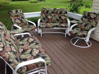 6 Piece Aluminum Outdoor Furniture w/Cushions, 2 Gliders, 2 Swivel Chairs & 2 Tables