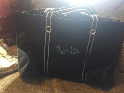 Thirty one dance vibe tote
