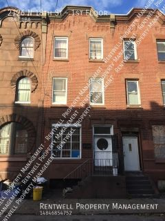 3 bedroom available within walking distance to Temple