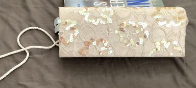 LIKE NEW LACE & SEQUINNED COVERED CLUTCH