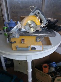 Workforce circular and table wet tile saws