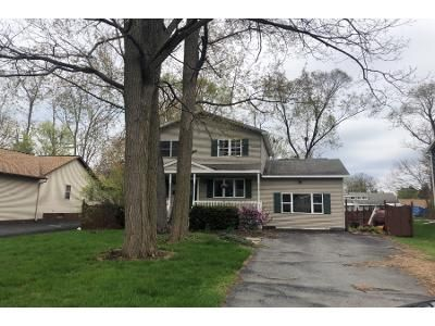 3 Bed 2 Bath Preforeclosure Property in Schenectady, NY 12303 - Fiero Ave