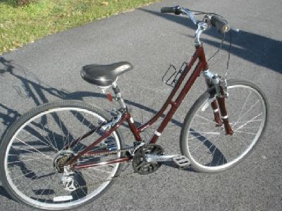 $140 Bikes- hybrids, cruisers & comfort bikes - variety of sizes/prices