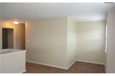 3 bedrooms Apartment - for a Showing Today Elite Realty 1- ext. 2.