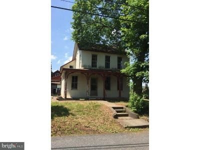 2 Bed 1 Bath Foreclosure Property in Quakertown, PA 18951 - Sideline Rd