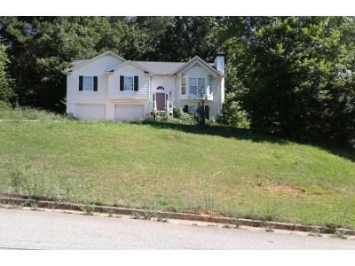 3 Bed 2 Bath Preforeclosure Property in Dallas, GA 30157 - Delane Dr