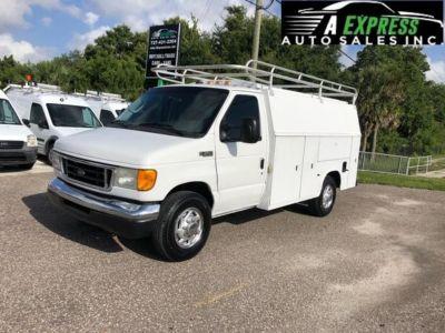 2003 Ford Commercial Vans E350 (White)