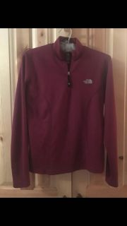 The north face M berry/maroon half-zip pullover