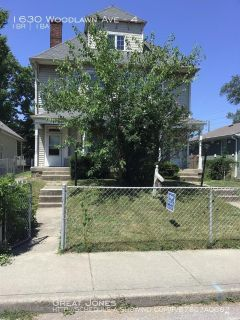 Apartment Rental - 1630 Woodlawn Ave