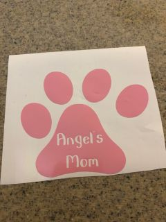 This was custom made, I can make is several colors and change the dogs name