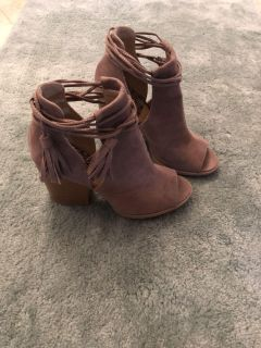 boots size 7-1/2