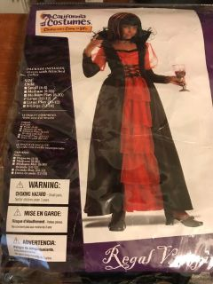 Children s Large Regal Vampira Costume