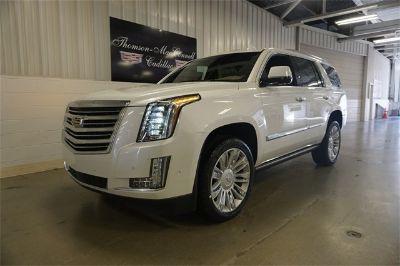 2018 Cadillac Escalade Platinum Edition (Crystal White)