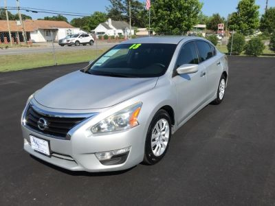 2013 Nissan Altima 2.5 (Silver)