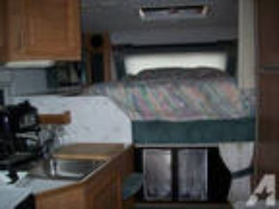 1996 lance slide in camper -
