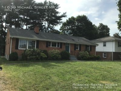 3 bedroom in Roanoke