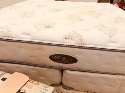 King Size Mattress with Foundation