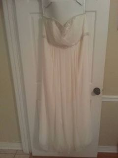 Ivory wedding dress size 22w