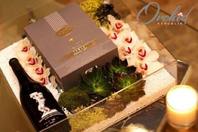 Debonaire - Gift Box