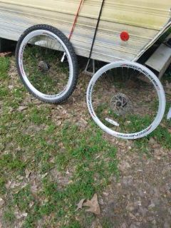 "2 Genius Aluminum Bike Rims ( 24"" )"