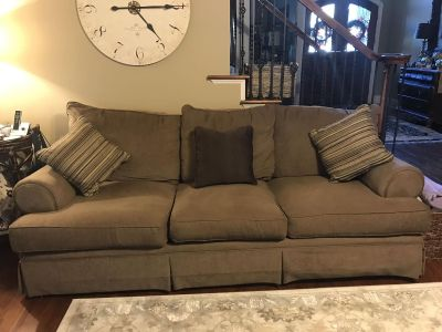 Broyhill couch and love seat